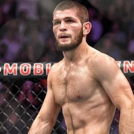 Khabib retires! The Eagle has flown for the last time.